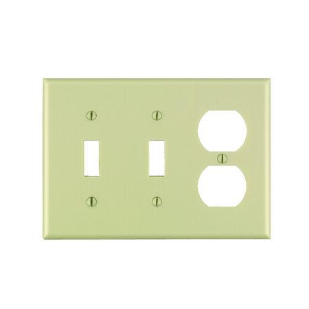 Leviton 3 gang Ivory Thermoset Plastic Toggle/Duplex Wall Plate 1 pk