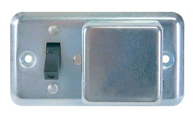 Bussmann 15 amps Toggle Fuse Box Cover with Switch