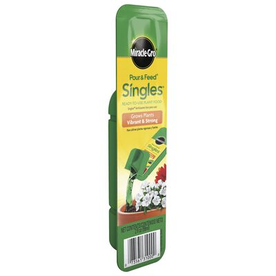 Miracle-Gro Pour & Feed Singles Plant Food For All Plants 2 oz.