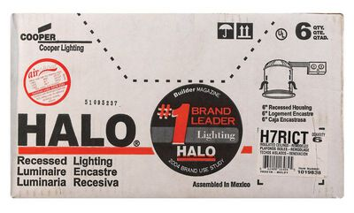 Halo 6 in. W Silver Aluminum LED 6 in. Recessed Light Fixture