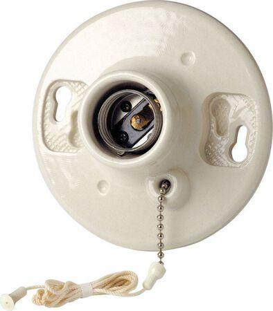 Leviton 660 watts 250 volts Pull Chain Socket White