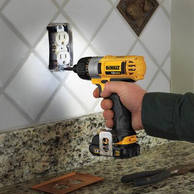 """12V MAX* 1/4"""" Screwdriver Kit"""