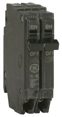 GE Q-Line Double Pole 20 amps Circuit Breaker