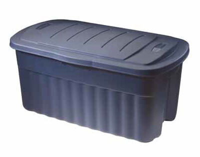 Rubbermaid Roughneck Storage Box 21.3 in. H x 18.3 in. W x 40 gal.