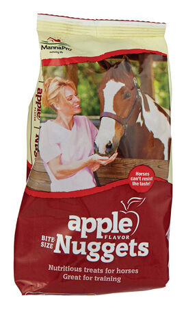 Manna Pro 1 lb. Bite Size Apple Nuggets For Horse