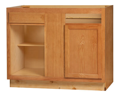 Chadwood Base Corner Cabinet 42BC