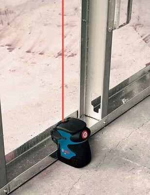 Bosch Self Leveling Laser Level Self Leveling 0.3 in. per 100 ft.