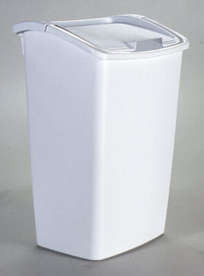 Rubbermaid 11.25 White Swing Out Wastebasket