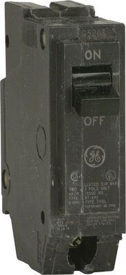 GE Q-Line Single Pole 15 amps Circuit Breaker