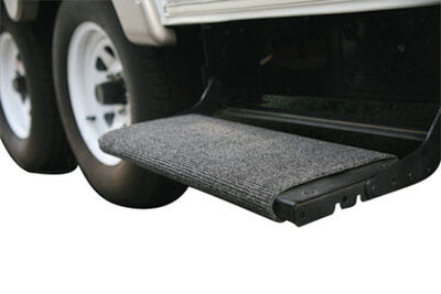 Camco Wrap Around Step Rug 1 pk