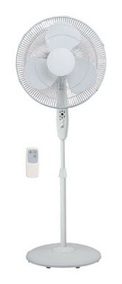 Pelonis Pedestal Fan 42 in. H 3 speed Oscillating AC 3 blade White